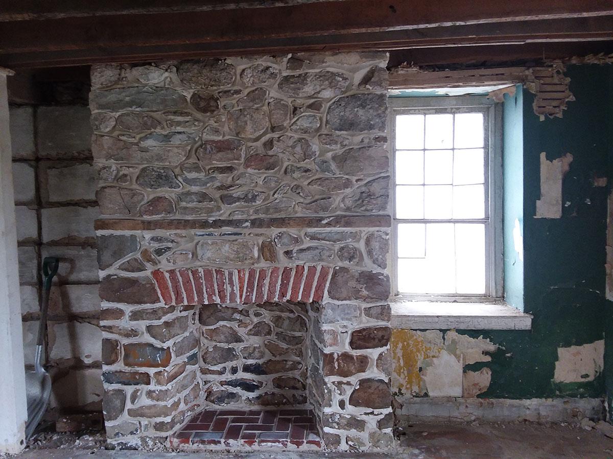 fireplace-restoration-1-1